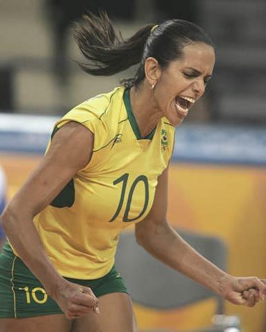 Virna Dias