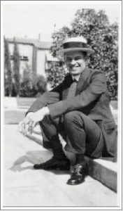 Marc Edmund Jones em 1925
